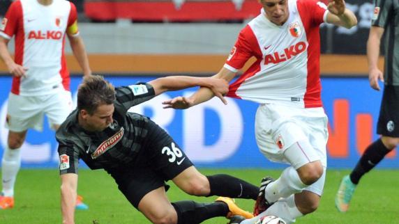 FC Augsburg: Dritter Sieg im vierten Heimspiel - Der FCA gewinnt mit 2:0