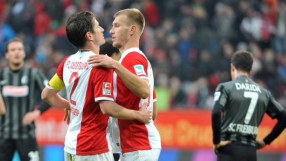 FC Augsburg: Bestnoten für Verhaegh und Callsen-Bracker