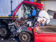 Autobahnring München: Unfall auf A99: Lkw-Fahrer erst nach drei Stunden gerettet