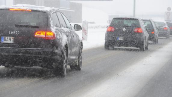 Region: Staus und Unfälle: Winterliche Straßen behindern den Verkehr - Augsburger Allgemeine