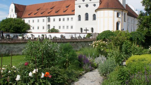 "Urlaub in Europa: Pure ""Pflücksgefühle"" im Kräutergarten"