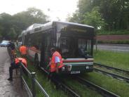 Augsburg: Darum steuerte der Fahrer den Bus auf die Tramgleise