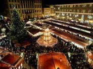 Augsburg: Ein kleiner Engel lässt den Christkindlesmarkt leuchten