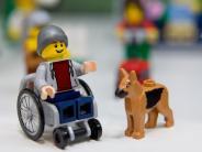Nachrichten in Leichter Sprache: Gerüchte und neue Lego-Figur - Hier gibt's Artikel in Leichter Sprache
