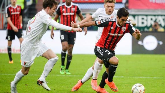 FC Augsburg: FC Ingolstadt schlägt den FC Augsburg mit 2:1