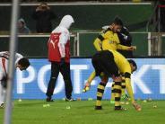 DFB-Pokal: Was hinter der Tennisball-Aktion der Dortmunder Fans steckt