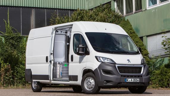 Transport- & Nutzfahrzeuge: Ein Profi für alle Bereiche: Der Peugeot Boxer Avantage bei Siebelhoff