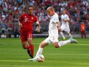 FC Augsburg: Gegen Liverpool: Philipp Lahm drückt Augsburg die Daumen