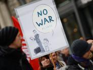 Sicherheitskonferenz: Mehrere Tausend Teilnehmer bei Demo gegen Sicherheitskonferenz