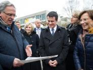 """Flüchtlingspolitik: Frankreichs Premier """"beeindruckt"""" von Asylunterbringung in Bayern"""