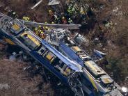 Unfall: 11 Menschen sterben bei einem Zug-Unfall