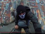 Ulm: Wieder Kletterer am Münster! Polizei fasst zwei junge Männer