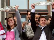 FC Bayern München: 10.000 Fans feiern Meister-Bayern auf dem Marienplatz
