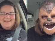 Chewbacca-Maske: Video-Rekord mit Chewbacca-Maske: Facebook lädt Candace Payne ein