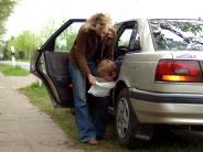 Reiseübelkeit: Reiseübelkeit verhindern und lindern: Vitamin C und Pausen helfen
