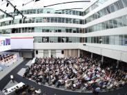 Augsburg: Kuka-Vorstand wirbt für Übernahmeangebot aus China