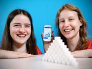 """Bundesfinale """"Jugend forscht"""": Schwestern aus Stadtbergen gewinnen mit Diabetes-App das Finale"""