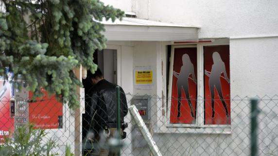Augsburg: Prostituierte mit Waffe bedroht? SEK-Einsatz in Augsburger Bordell
