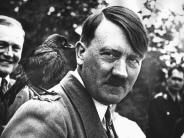 Braunau: Wissenschaftler: Adolf Hitler hatte jüngeren Bruder mit Wasserkopf