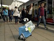 Augsburg: Wird der Kö-Roboter swa*lly wieder gesund?