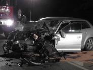 Kreis Augsburg: 17-Jährige gerät in Gegenverkehr - Mann erliegt Verletzungen