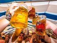 Plärrer 2017: Maß nach dem Anstoßen absetzen: Woher kommen die Bierzelt-Rituale?