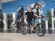 Mit dem Fahrrad durch den Sommer: Alt gegen neu