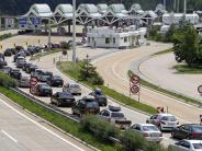 Ferienbeginn: Sperrung des Karawankentunnels in Kärnten verursacht langen Stau
