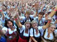 Bildergalerie: Kempten holt sich den Dirndl-Weltrekord