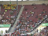 FC Augsburg: Im Stadion waren viele Lücken