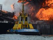 Explosion: Öltanker im Golf von Mexiko wird zum Feuerball