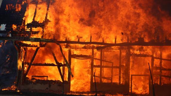 Kreis Oberallgäu: Scheune in Altusried brennt komplett aus