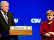 Parteitag CSU: CSU zögert weiter mit Merkel-Einladung auf Parteitag