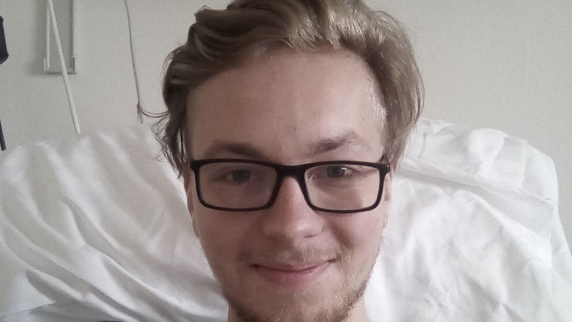 """Augsburg: Hodenkrebs mit 24: """"Ich mach ihn fertig, dann geht's weiter mit Leben"""""""
