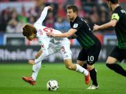 FC Augsburg: Liveticker: FCA erkämpft sich Unentschieden gegen Köln