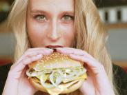 Mc Donald's und Co.: Burger für daheim - Fast-Food-Ketten machen bei Expansion Tempo