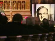Bundestags-Vizepräsident: Peter Hintze unter großer Anteilnahme beigesetzt