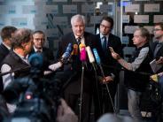 Flüchtlingsobergrenze: Seehofer verschiebt CSU-Beschluss zur Zuwanderungspolitik