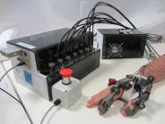 Hoffnung für Geschädigte: Tübinger Forscher stellen Roboterhand für Gelähmte vor