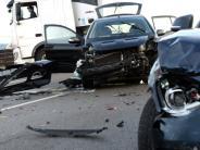 Neuburg: Fünf Verletzte bei Unfall auf der B16