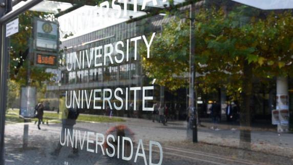 Uni Augsburg: Warum Augsburger Studenten bald studieren müssen wie einst ihre Eltern