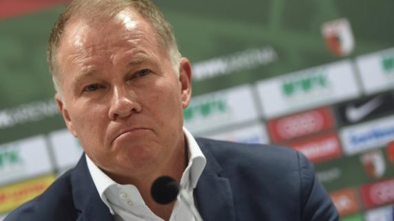 FC Augsburg: Der FC Augsburg muss über Neuzugänge nachdenken