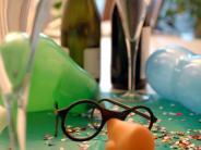 Kreis Augsburg: Glas mit Urin serviert: Unappetitlicher Ärger beim Faschingsball