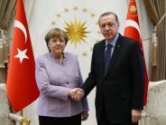 Kommentar: Türkei-Besuch: Kanzlerin Merkel schweigt nicht