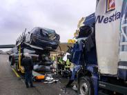 Ulm: Lastwagenfahrer stirbt bei Unfall auf A8