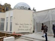 Augsburg: Unbekannter beschmiert neue Moschee in Donauwörther Straße
