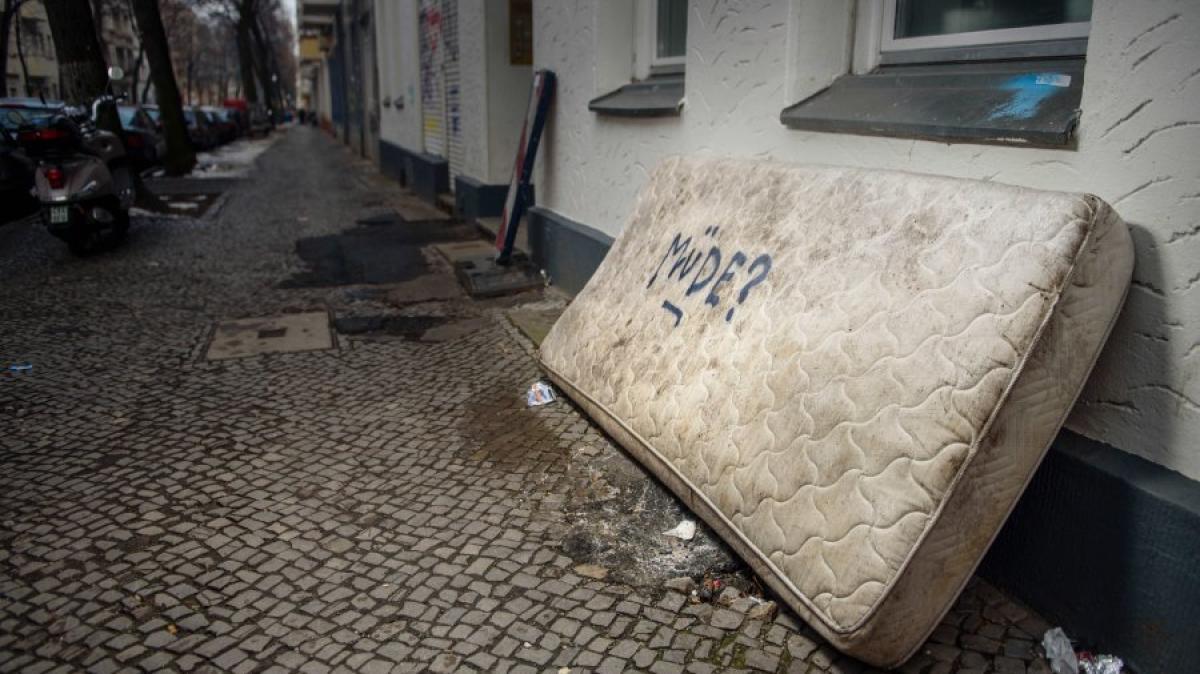 m llproblem die matratzen von berlin die stadt und der. Black Bedroom Furniture Sets. Home Design Ideas