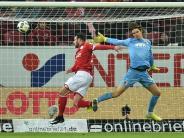 """FC Augsburg: Marwin Hitz: """"Beides tut weh. Die Verletzung und die Niederlage"""""""
