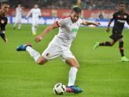 FC Augsburg: Raùl Bobadilla fehlt verletzt bei Trainingseinheit