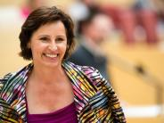 """Modellbau-Affäre: """"Uneinsichtig, anmaßend, repressiv"""": Opposition kritisiert Haderthauer"""